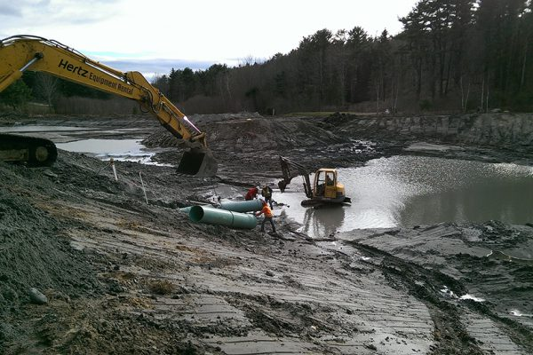 Boothbay_Harbor_Country_Club_Wet_well_installation